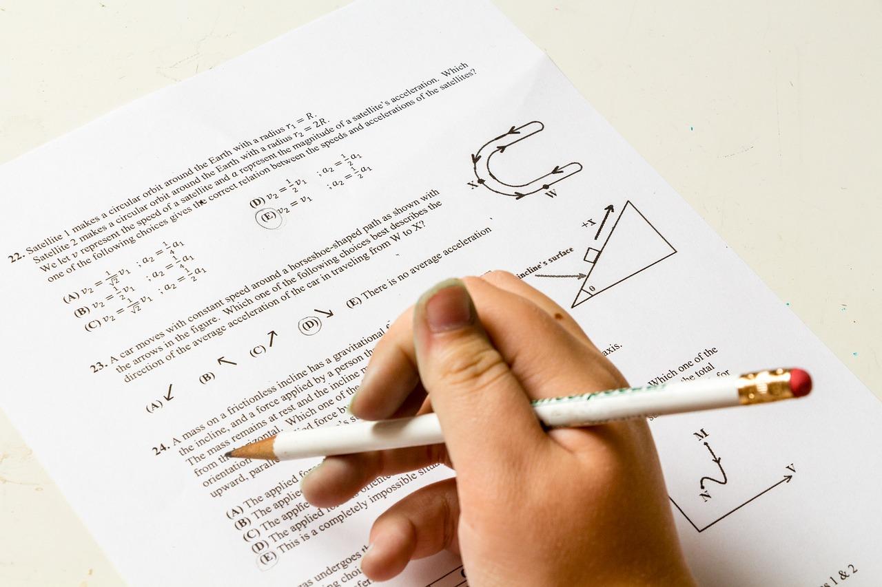 homework-2521144_1280